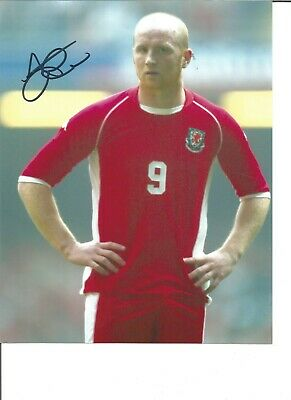 Football Autograph John Hartson Wales Signed 10x8 inch Photograph JM130