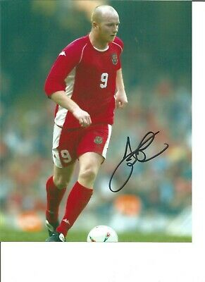 Football Autograph John Hartson Wales Signed 10x8 inch Photograph JM131