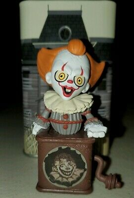 Funko Mystery Minis IT Pennywise in Box Hot Topic Exclusive