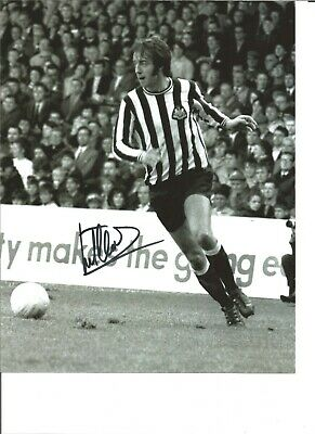 Football Autograph Frank Clarke Newcastle United Signed 10x8 in Photograph JM213