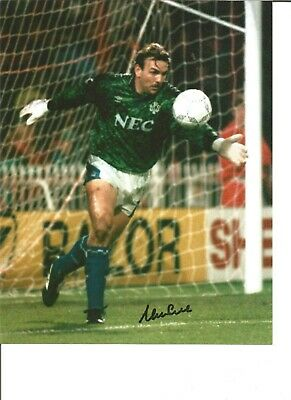 Footballer Autograph Neville Southall Everton Signed 10x8 inch Photograph JM265