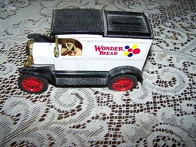 Vintage ERTL Co Replica Ford 1913 Model T WONDER BREAD Company Coin Bank Used