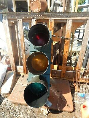 Used Very Good Condition Traffic Signal Light