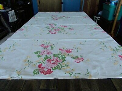 """VINTAGE 54""""X52"""" COTTON TABLECLOTH, RED-YELLOW-GREEN ON WHITE FLORAL 1950's"""
