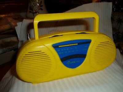 "Vtg AM/FM MINI YELLOW BOON BOX TRANSISTOR RADIO, Model 2228R, ""LIFELONG"" WORKS"