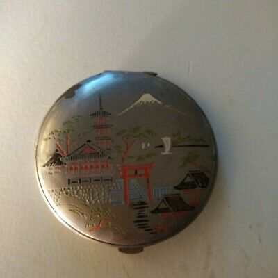 Vintage JAPANESE SCENE Ladies Mirror Powder Compact Unusual Design