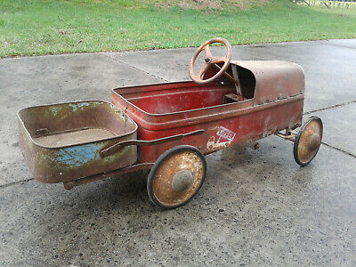 Cyclops Tipper Pedal Car