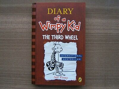 Diary Of A Wimpy Kid - The Third Wheel  - Paperback