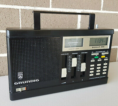 Grundig Satellit 300 Multi Band Radio Receiver