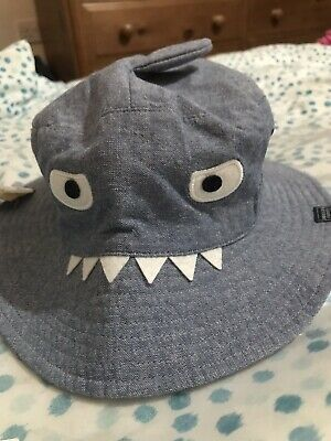 Joules Boys Blue Shark Sun Hat 8-12 Years. BNWT
