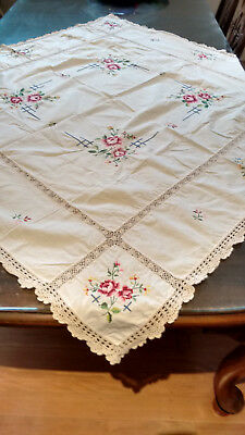 Vintage Linen & Lace Hand Embroidered Tablecloth