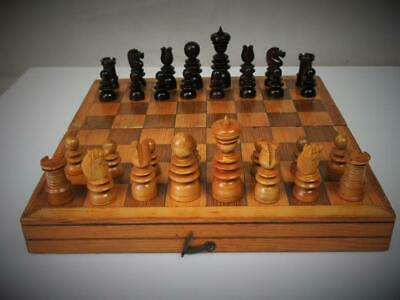 ANTIQUE ENGLISH PATTERN SMALL CHESS SET K 61 mm  AND FOLDING GAME BOX