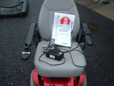 Jazzy 1120 Electric Power Wheelchair Weight Limit 300 lb