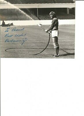 Pat Jennings signed 7x5 inch b/w photo, 12/06/1945, former footballer  EL43