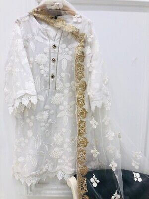 Agha Noor Embroidered Cotton Lawn Kurta and Embroidered Net Dupatta Size Medium