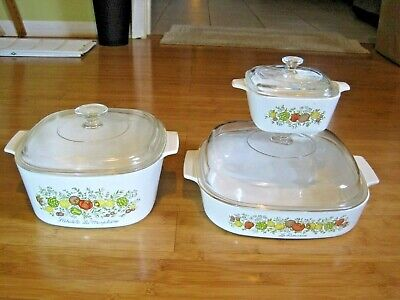 3 SPICE OF LIFE Casseroles by Corning with Pyrex Lids.