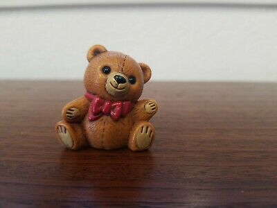 Vintage Hallmark Merry Miniatures Christmas Figurine Teddy Bear 1982