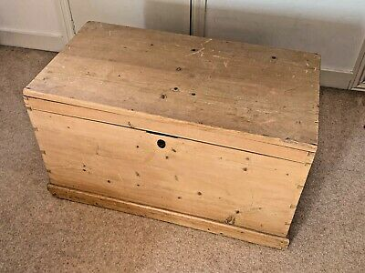 Large antique style Victorian pine linen chest / storage trunk - collection only