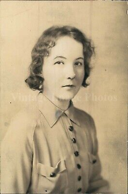 1939 Photo Janet Doran Serial Writer Beautiful Woman Curly Hair Button