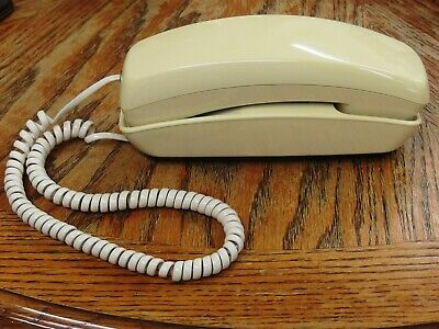 Vintage Used Radio Shack Trimline Touch Tone Phone Beige Telephone Tested Works