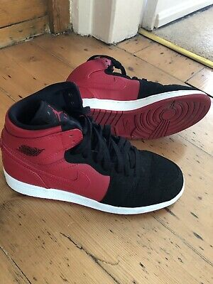 Excellent Nike Air Jordan 1 Retro High Tops Red White Black UK5 EU38