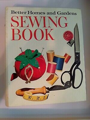 VTG 1970 SEWING BOOK Better Homes & Gardens Ring Binder  Fashion  junk journal