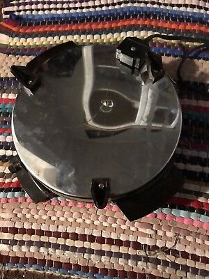 "Vintage TOASTMASTER Waffle Iron Baker Maker 8"" Round Nonstick Plates W252A 120 V"