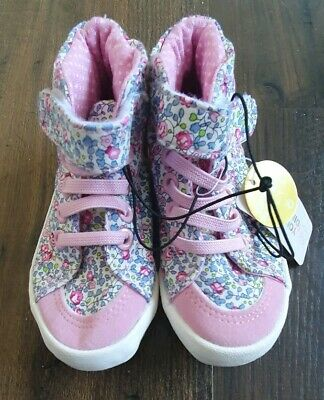 Primark Pink Floral Velcro Baby Girl Shoes Size 6 BNWT