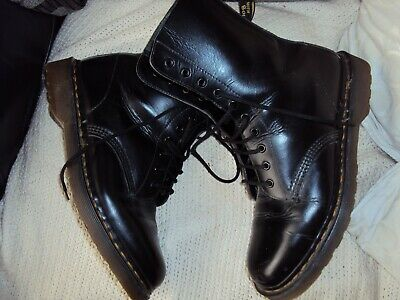 vintage dr martens 10 hole boots made in england great condition 8s
