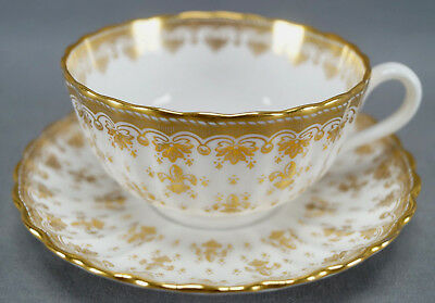 Spode Bone China Gold Gilt Fleur De Lys Pattern Tea Cup & Saucer