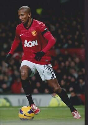 ASHLEY YOUNG Hand Signed MANCHESTER UNITED Autograph Photo - Authentic Real
