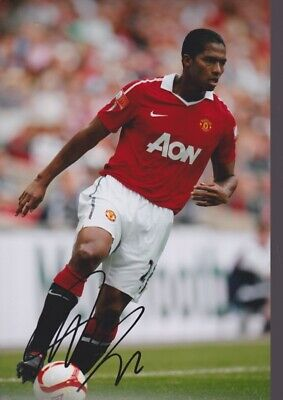 ANTONIO VALENCIA Hand Signed MANCHESTER UNITED Autograph Photo - Authentic Real