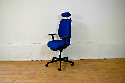 Pledge Ergonomic Office Swivel Chair [Lumbar Support + Headrest]