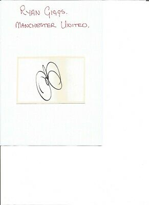 Ryan Giggs 4x3 inch autograph piece, former football player EL430