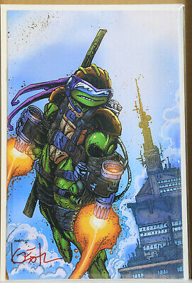 TMNT #98 (SIGNED BY Kevin Eastman NYCC Virgin Variant) LIMTED TO 1000