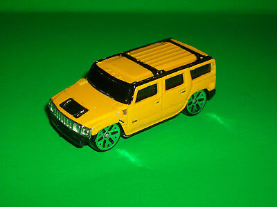 Maisto Yellow Hummer H2 Suv 1/64 Scale Made In China