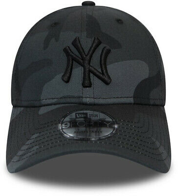 New Era Camo Essential 9Forty New York Yankees Cap in Midnight Camo