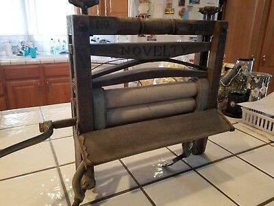 Antique Hand Crank Clothes Wringer, NoveltyCompany, Patented 1898, Gently Used!