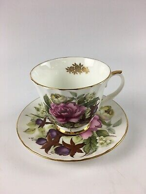 Vintage Duchess Fine Bone China Tea Cup & Saucer Made In England - Lot 4175