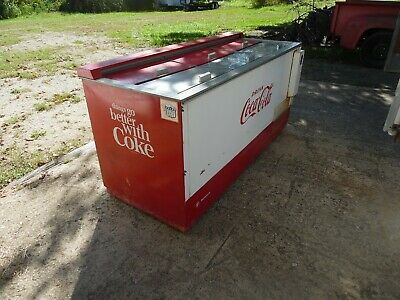 Coca-Cola Soda Machine Cooler / Chest, Westinghouse