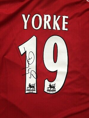 Dwight Yorke Signed Manchester United 1998/99 Home football Shirt PROOF 99 U