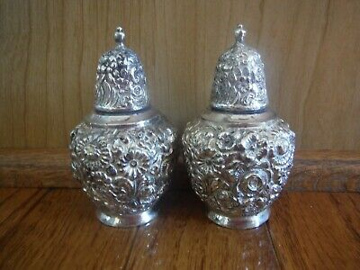 Vintage Wb Mfg Co C-102 Ornate Repousse Salt & Pepper Shakers Silver Plate