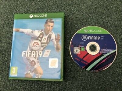 FIFA 19 Game (Xbox One, 2018) Electronic Arts - complete in case