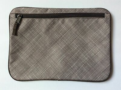 Retired Pre-Owned Thirty One Pocket a Tote - taupe cross pop