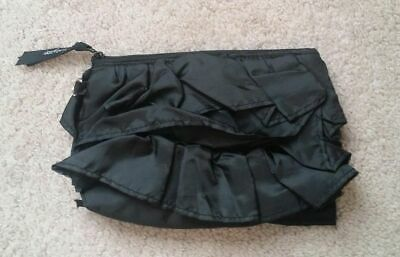 Retired Pre-Owned Thirty One Mini Zipper Pouch - black ruffles