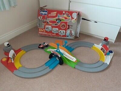 Chicco Ducati 3in1 Multiplay Race track with box 12 months+ Motorbike toy