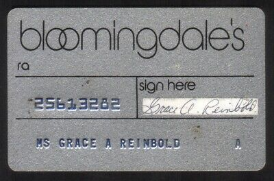 Bloomingdale's (Bloomingdale Store) Regular Size Merchant Credit Card