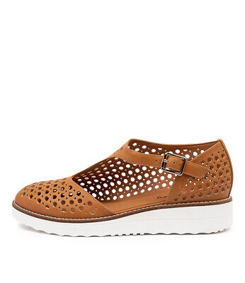 New I Love Billy Ocola Tan Smooth Womens Shoes Casual Shoes Flat