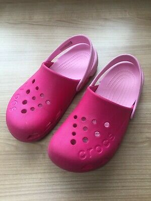 Girls Pink Crocs Shoes / Sandals Uk Size 2 Ideal Beach / Water Holiday