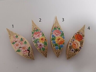 Wooden Hand Made Tatting Shuttle With Pick Decorated With Painting